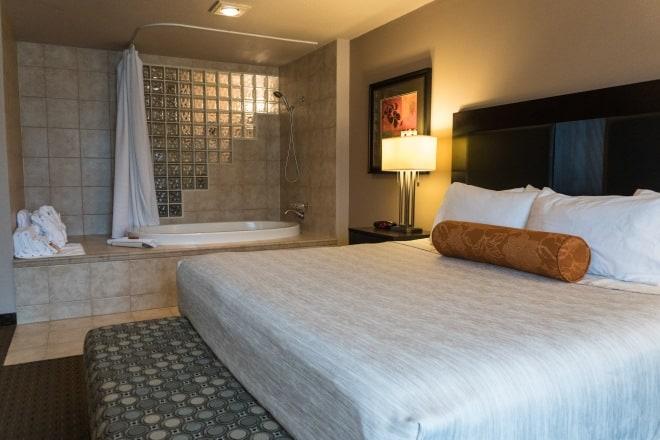 King Spa Suite Hotel Room Clackamas, Oregon